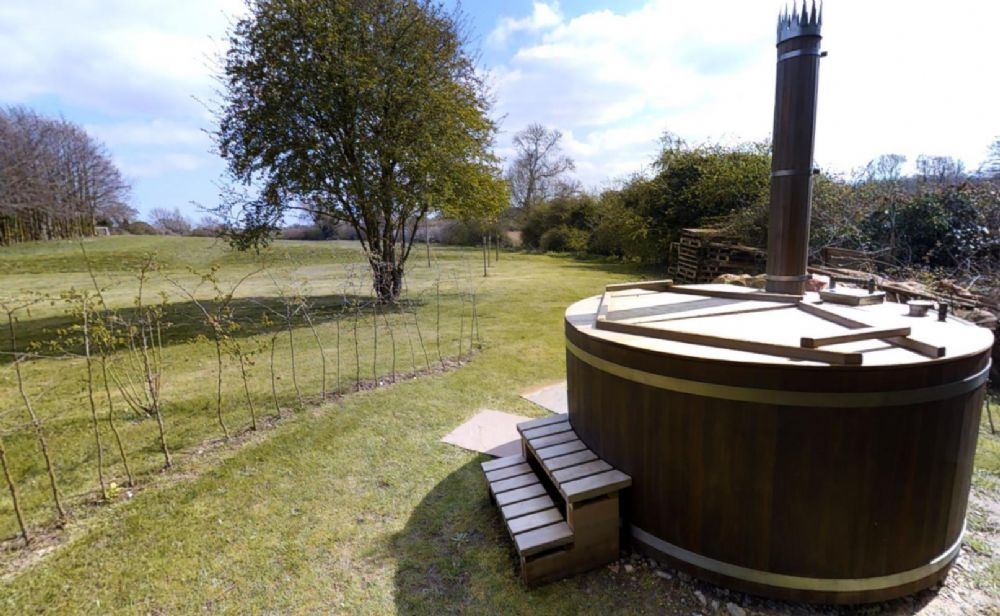 Lancaster Barn | Hot tub