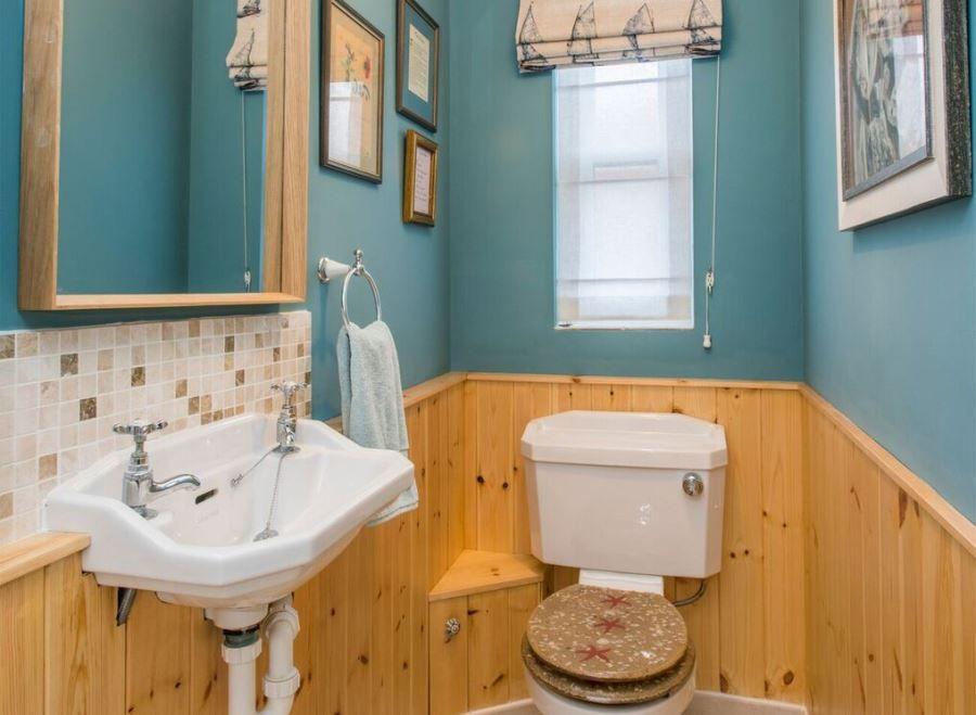 Arthur's 3 bedrooms | Cloakroom