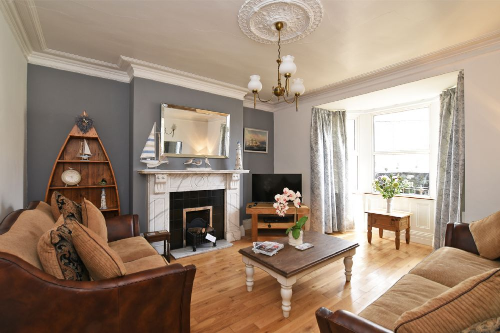 Very comfortable property - clean, well furnished and in an excellent location - we felt very welcome.