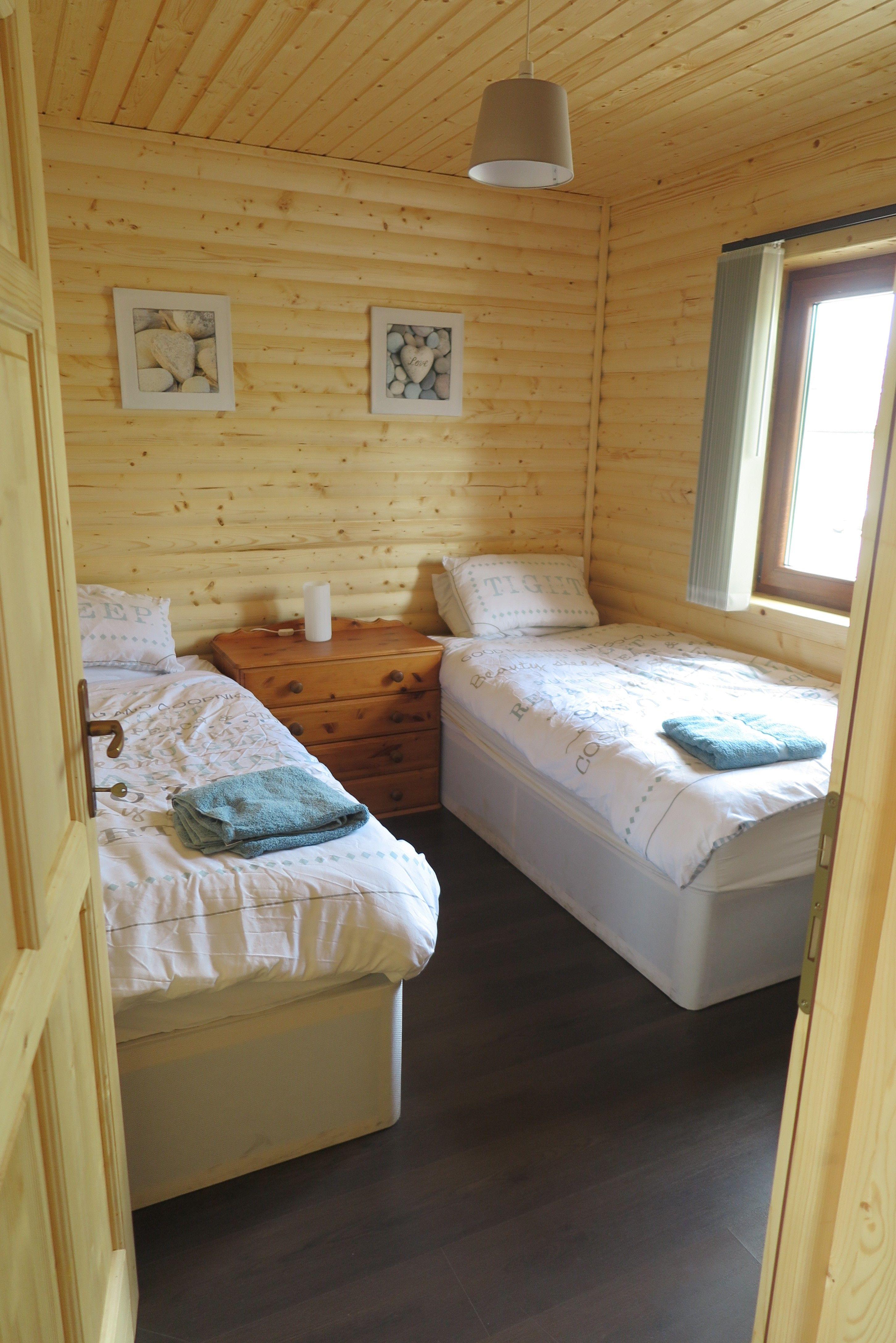 Heron Cabin