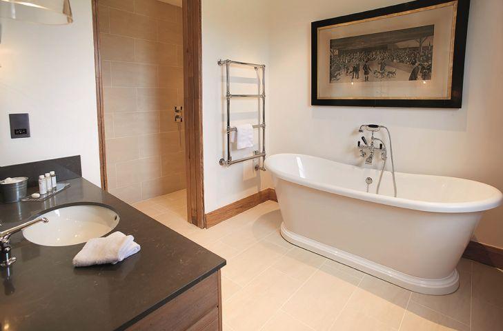 Exeter Wing: Bedroom three has an en-suite bathroom with separate walk in shower