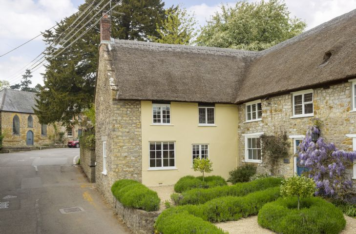 Pear Tree Cottage adjoins Myrtle Cottage (sleeping six) which is also available to book through Rural Retreats