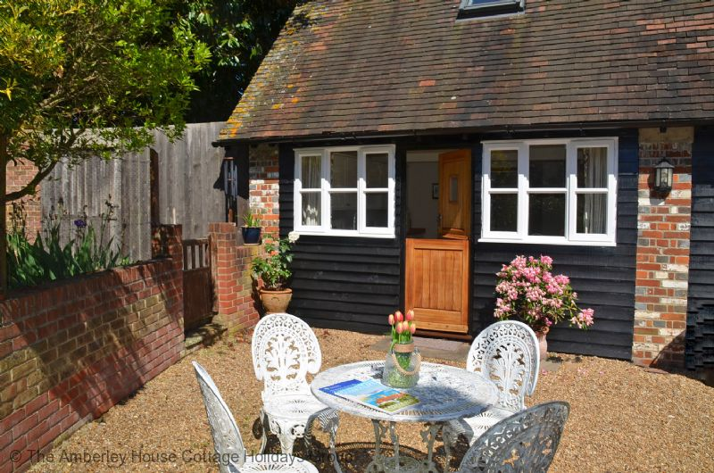 Large Image - Priory Cottage - Arundel, West Sussex