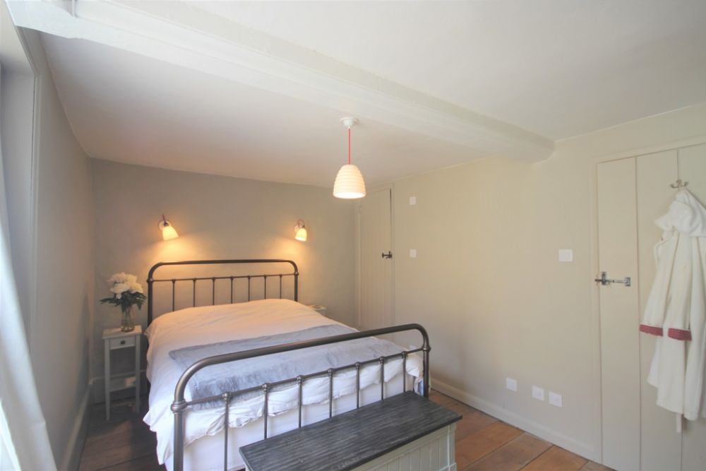 14 Dolphin Street Holiday Cottages In Deal