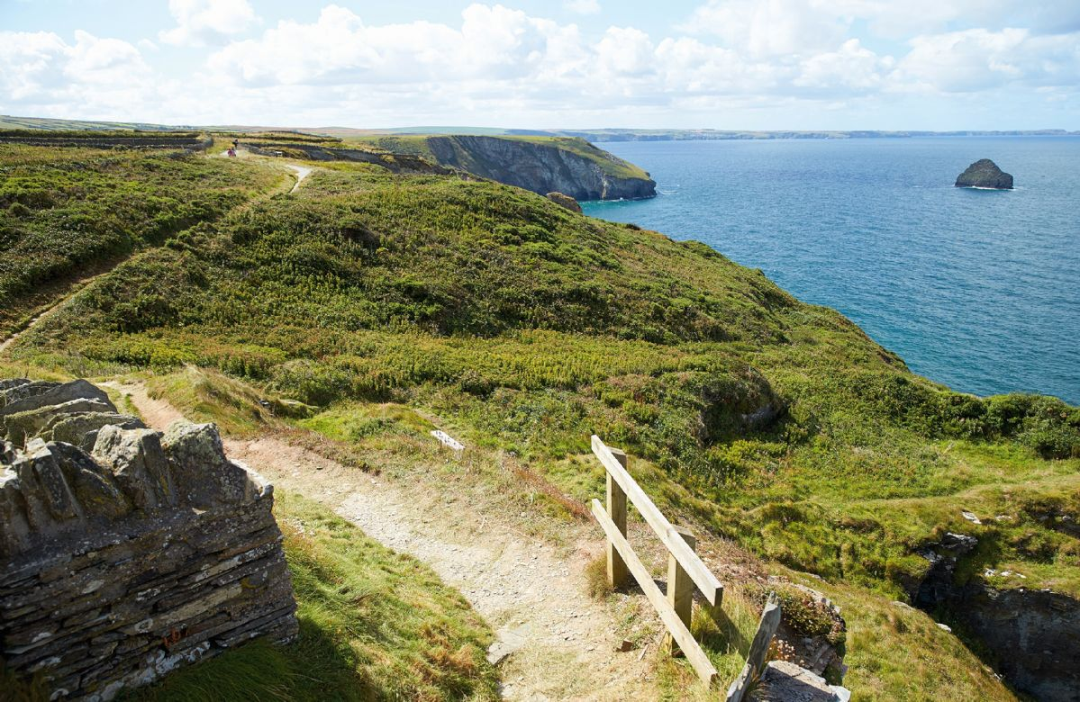 Merlins is situated on the SW coastal path which provides miles of fantastic walks and breathtaking scenery