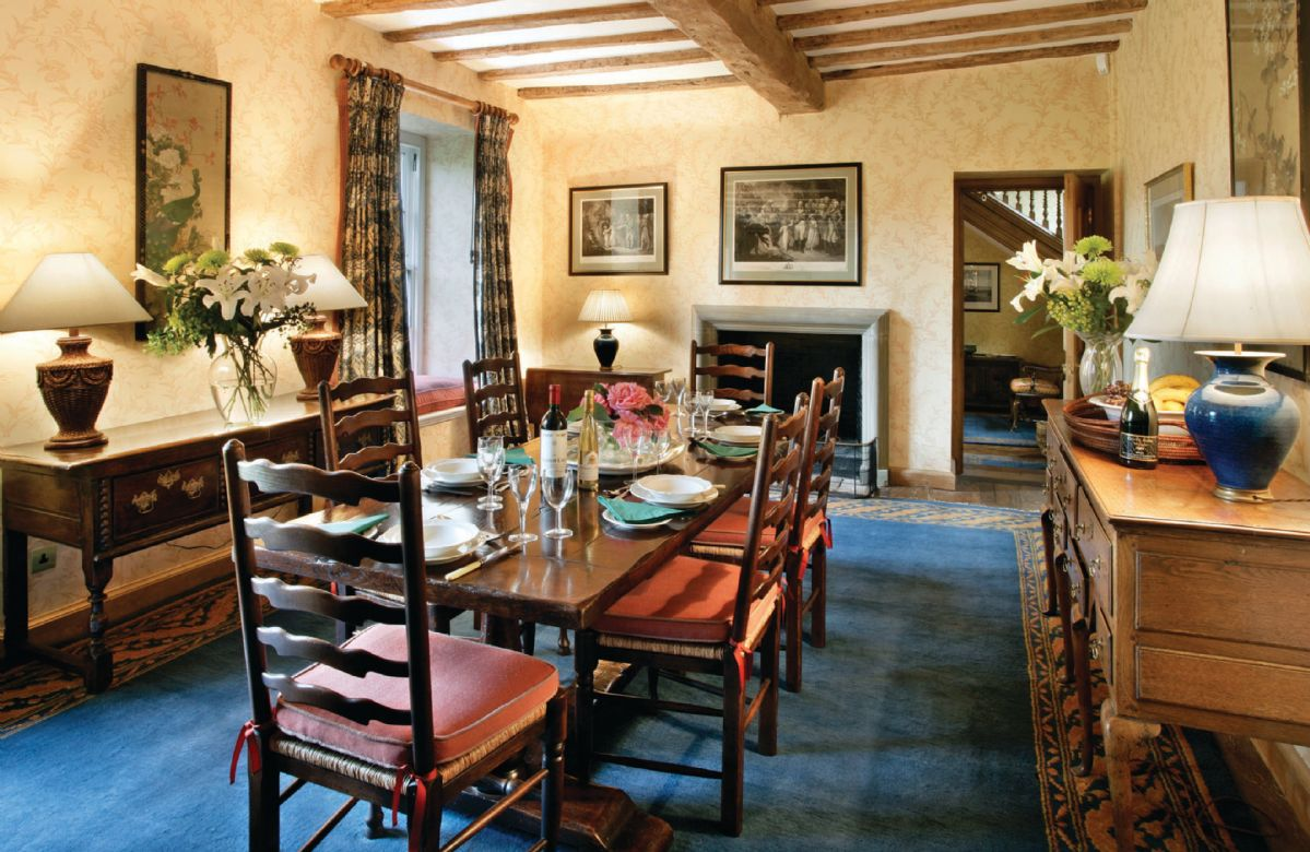 Ground floor:  Dining room