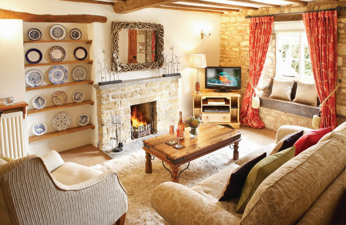 Ground floor: Sitting room with open fire