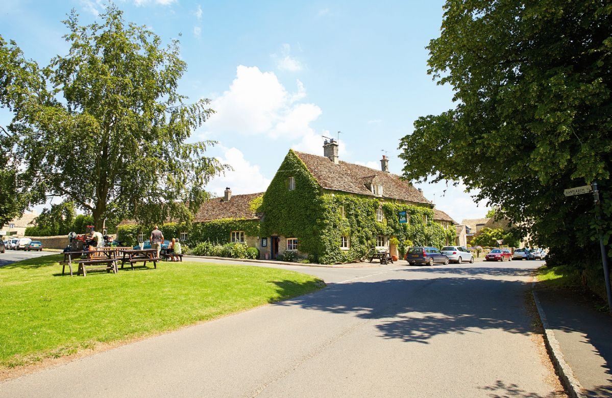The Swan, a few minutes stroll of the cottage and reservations are advised