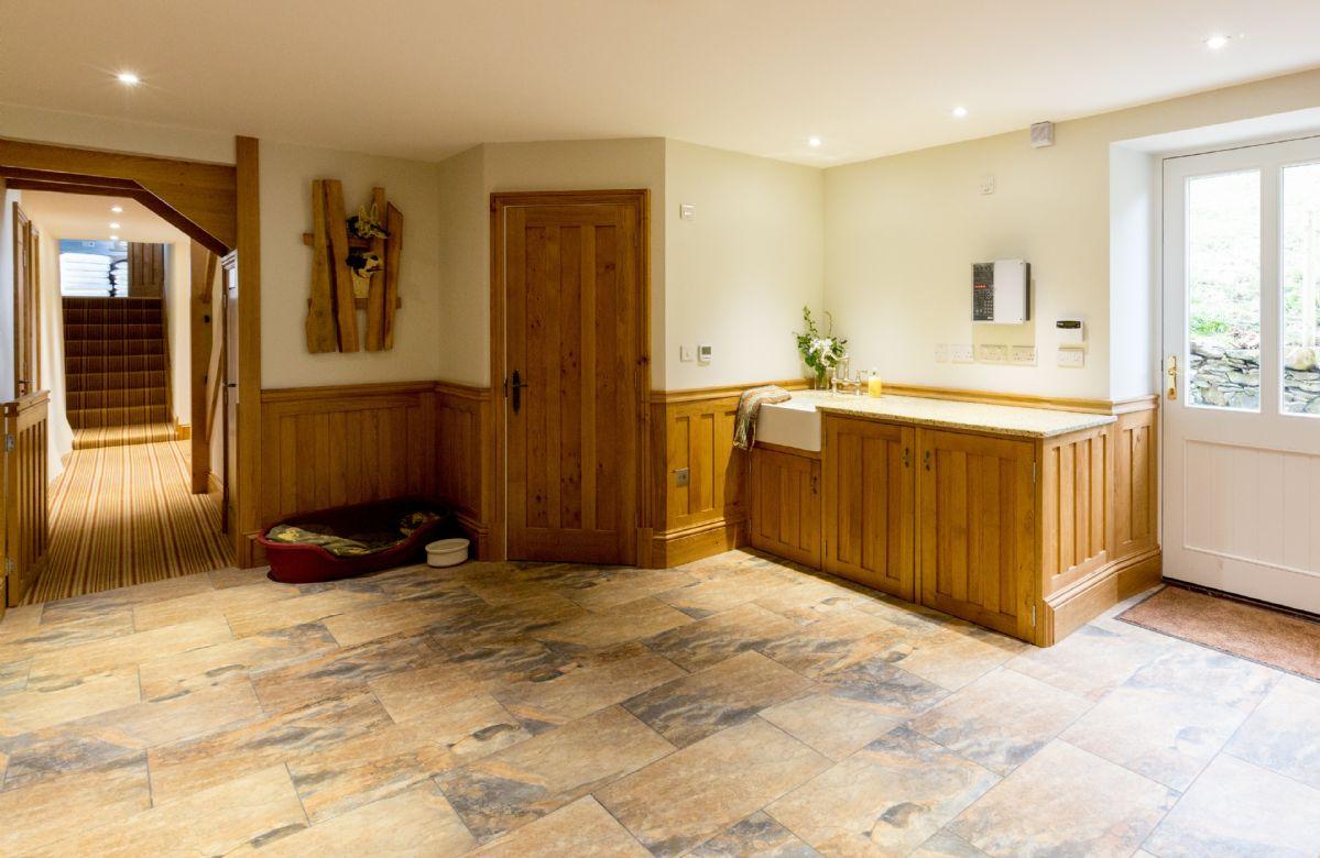 Ground floor: Pet-friendly boot room with underfloor heating