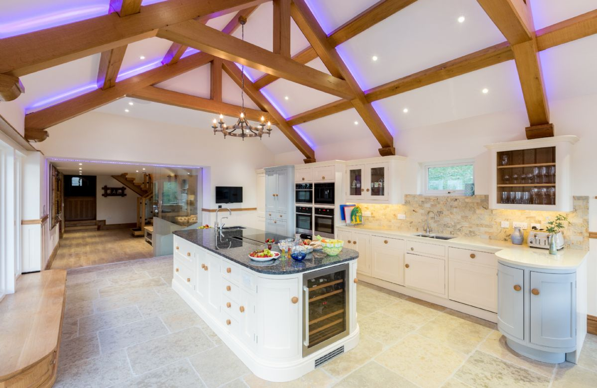 Ground floor: Kitchen with state of the art appliances