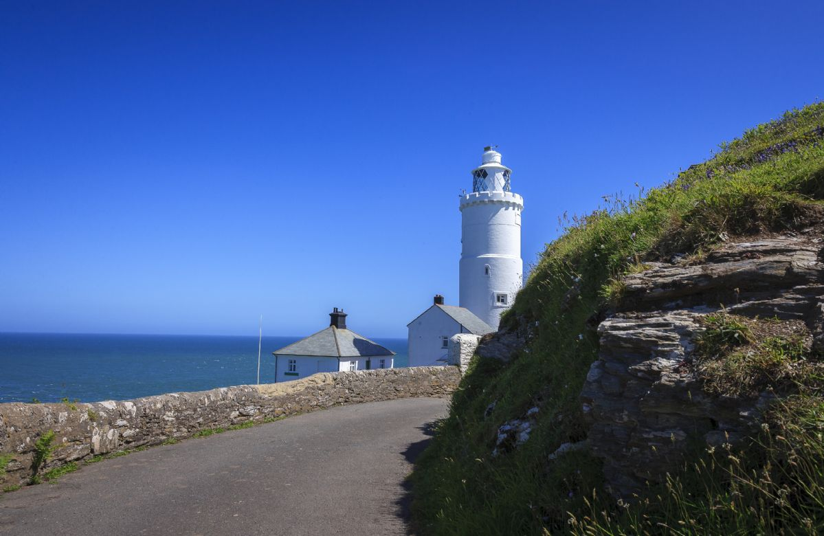 The drive is shared with walkers, forming part of the South West Coast Path. Guests can use the path to enjoy breathtaking cliff top walks in both directions