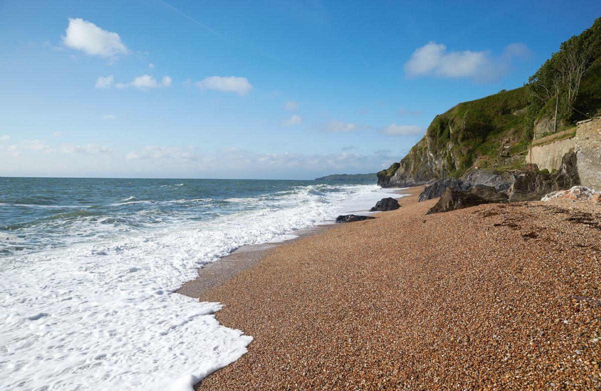 Access to a shingle beach