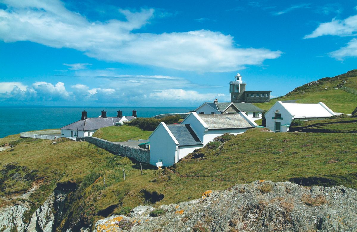 Bull Point Lighthouse is just outside of Mortehoe in North Devon and the site comprises of four self catering cottages - Warden, Siren, Triton, and Sherrin