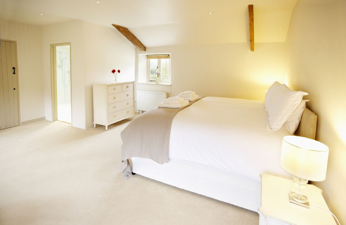 Annexe: Double bedroom with zip and link beds (can convert to two single beds upon request)