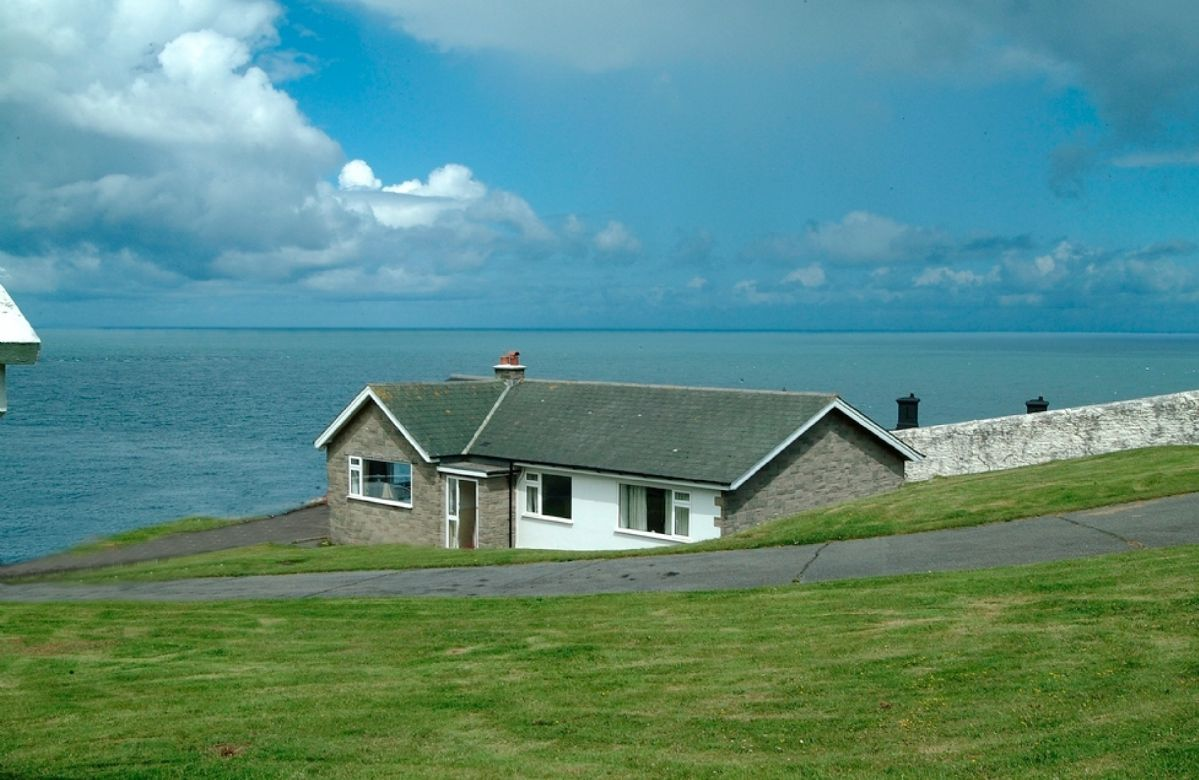 Sherrin Cottage with accommodation for 5 Guests at Bull Point in Devon