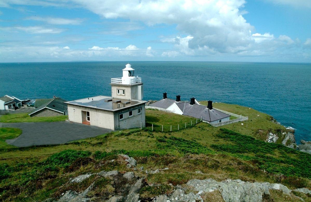Bull Point Lighthouse