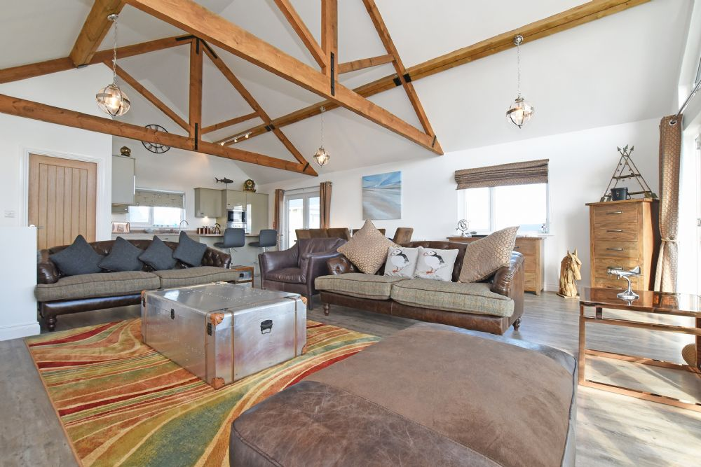 """""""Wonderful modern property with excellent decor and fantastic location at Beadnell beach."""""""