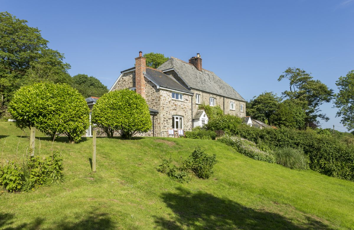 Exterior view of Bittadon Cottage and gardens