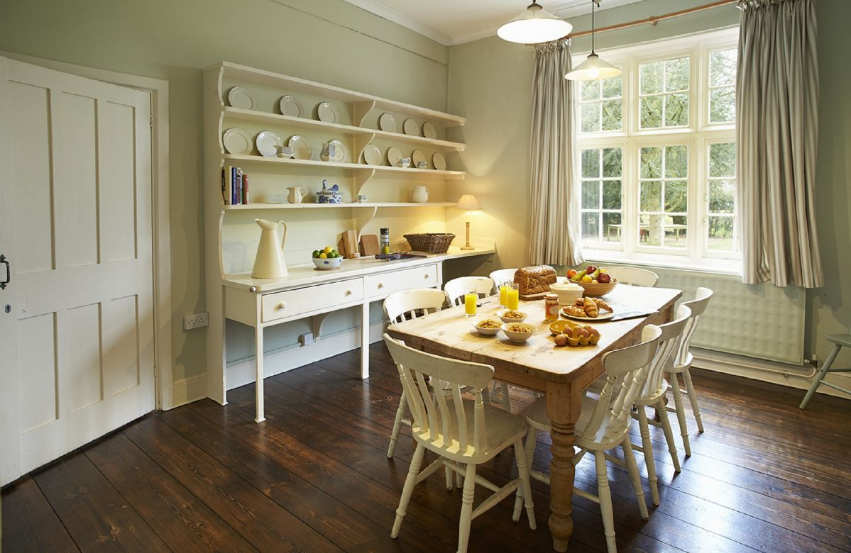 Ground floor: Breakfast room