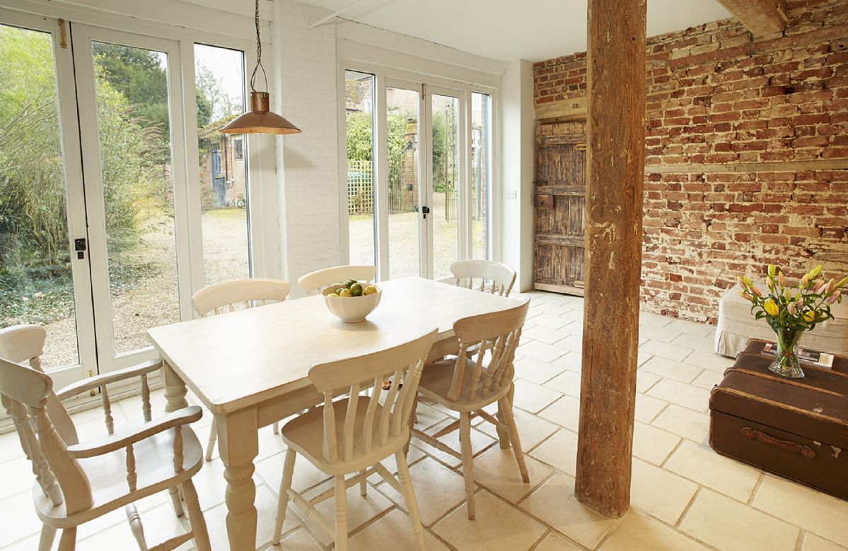 The Coach House: Ground floor dining area