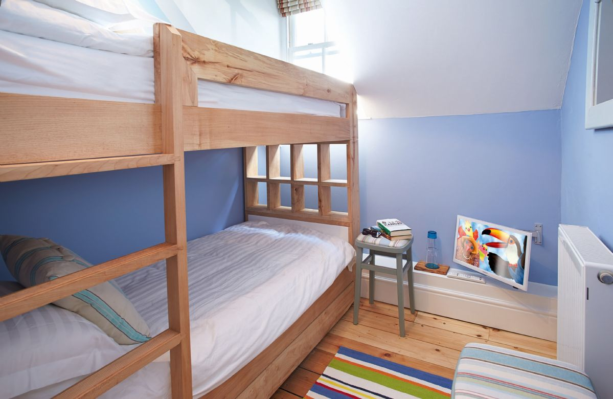Third floor:  Bunk bedroom with 3' beds