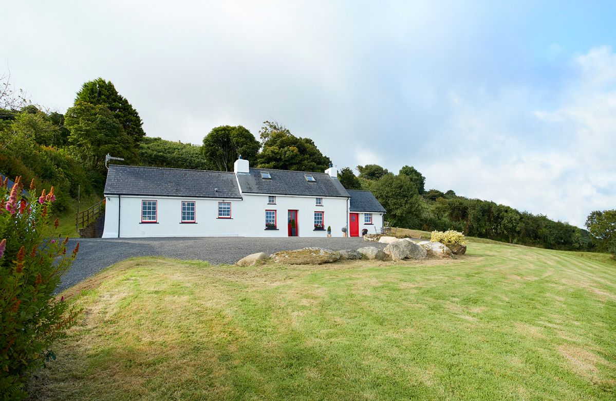 Holiday in House with sea views at Dinas