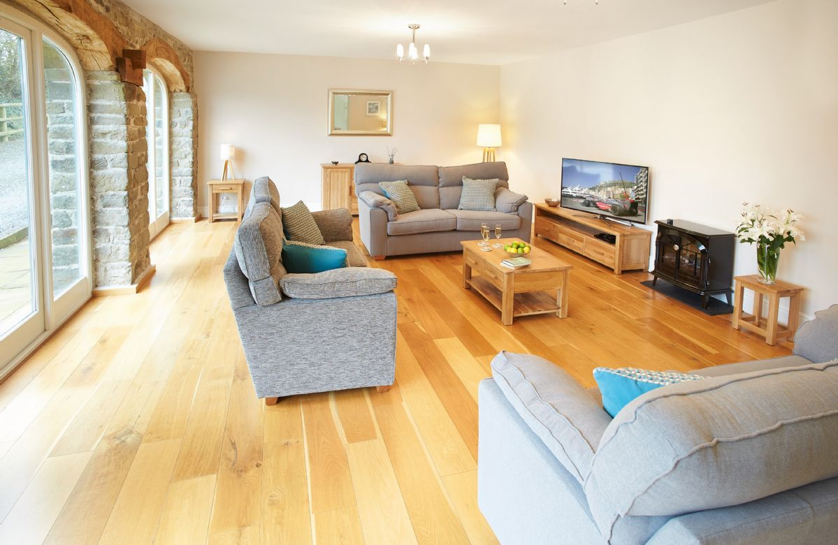 Ground floor:  Spacious sitting room