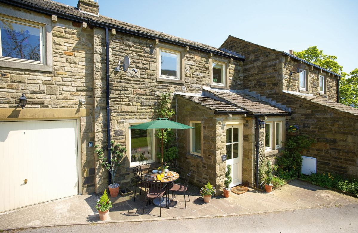 Fell Beck with accommodation for 4 Guests