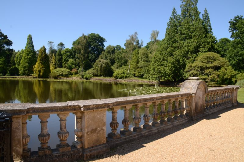 Large Image - Sheffield Park Gardens