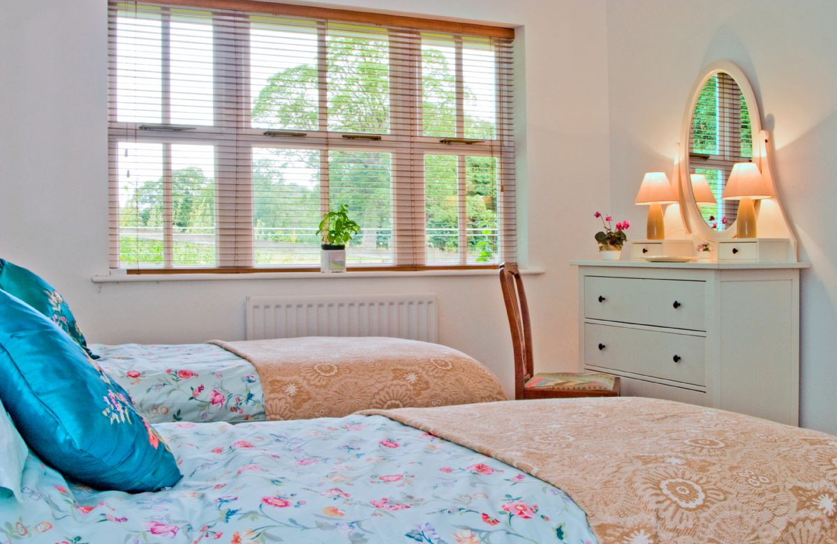 Ground floor:  Twin bedroom (can be made into a double on request)