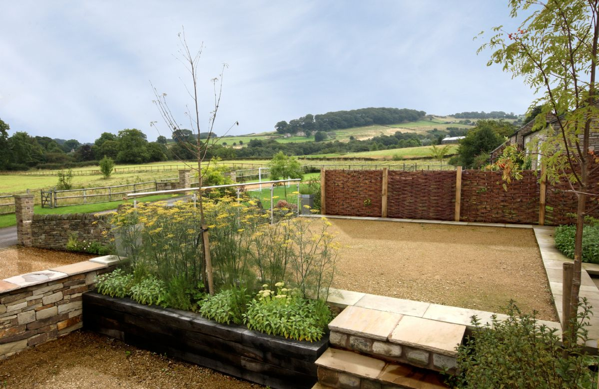 Damson Cottage:  Private garden to the rear with its own patio