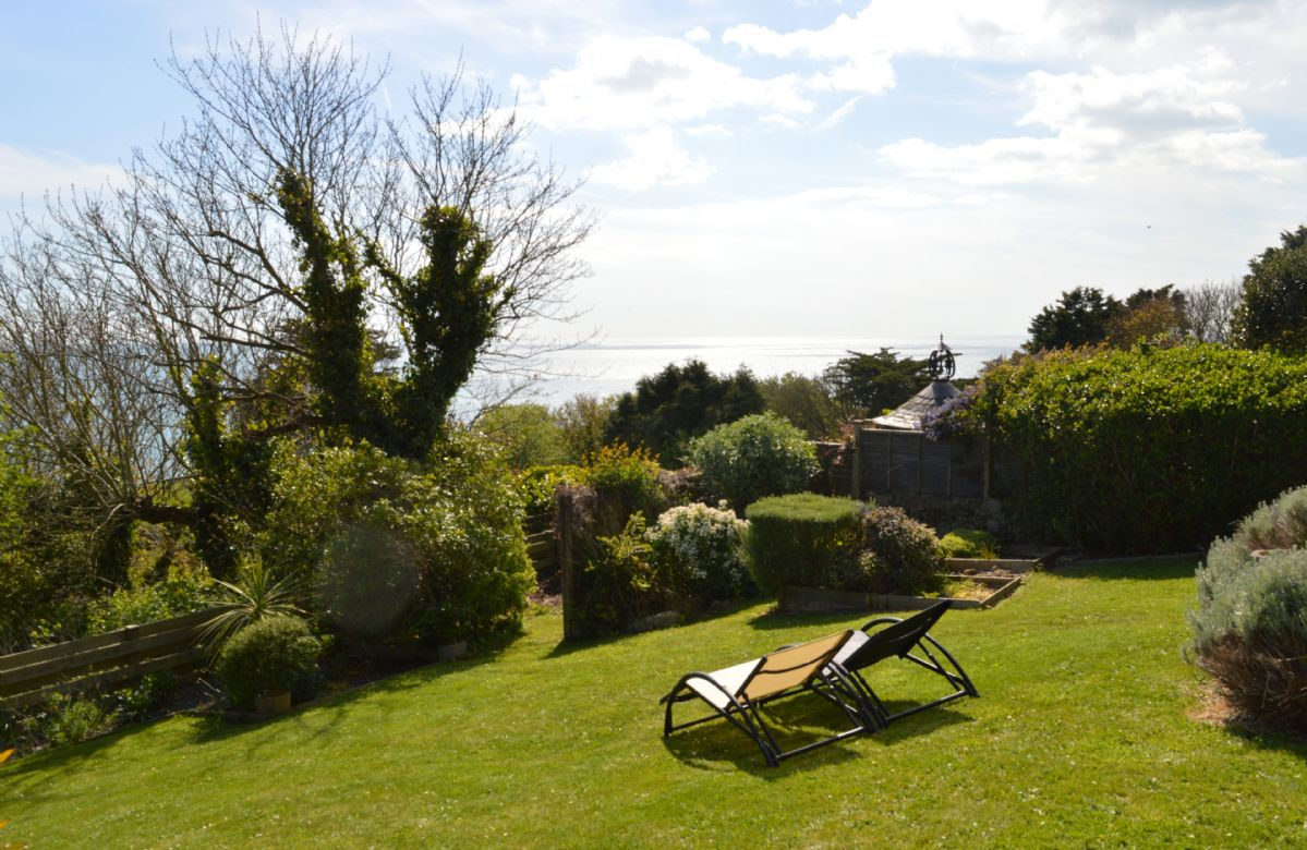 Garden with spectacular views over the islands coastline