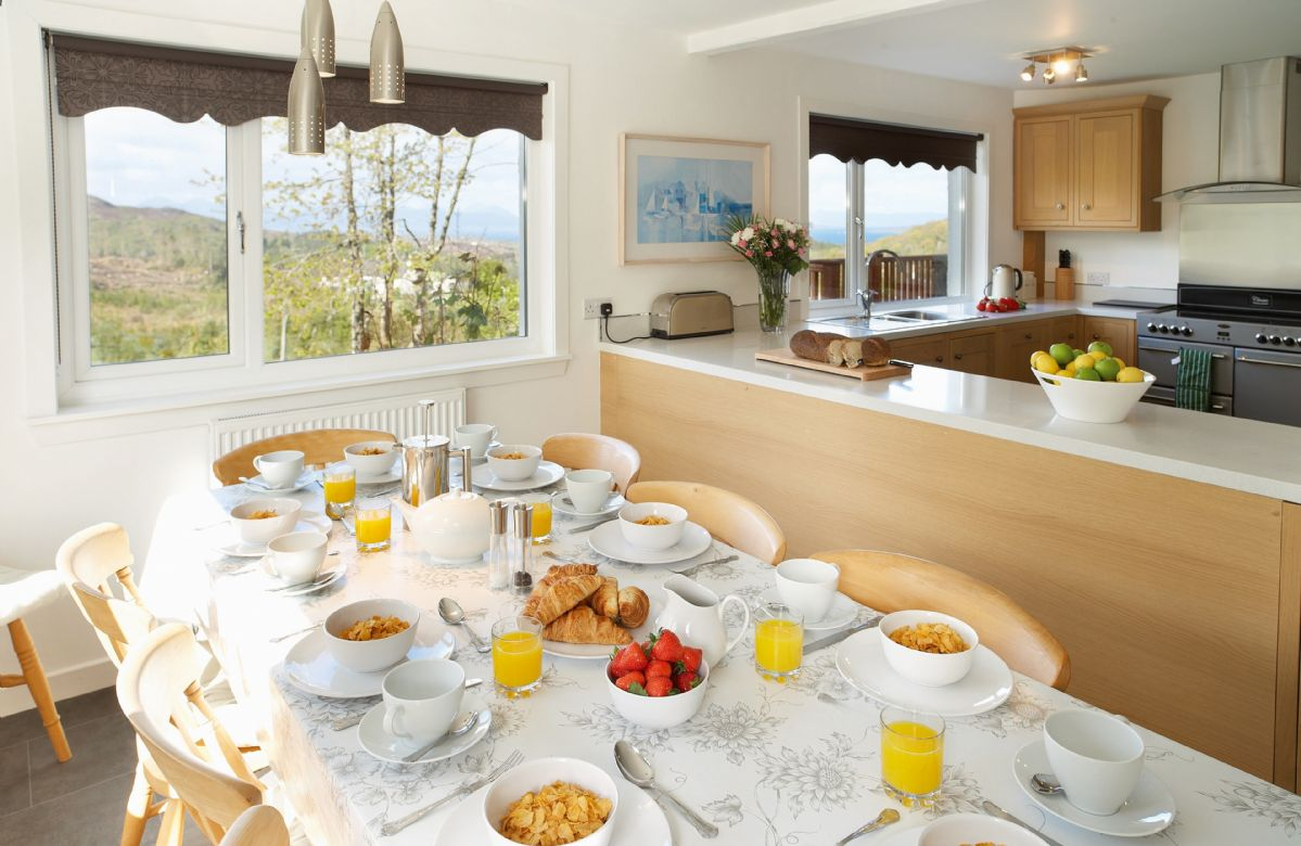 Ground floor: Kitchen breakfast room
