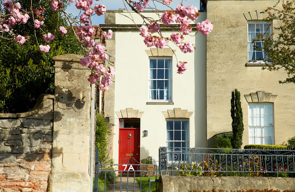 7a Cathedral Green, a charming Grade II listed house overlooking the Cathedral