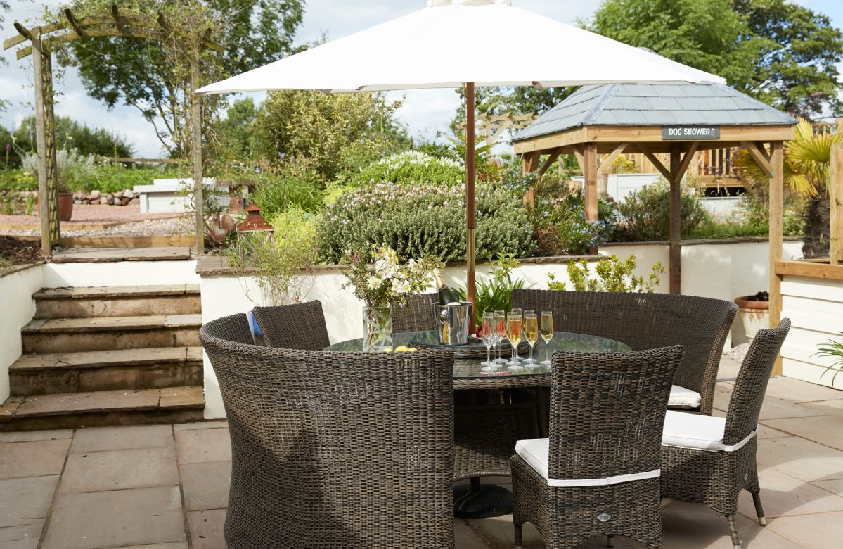 The courtyard at Glen Bank is the perfect setting for lazy summer days