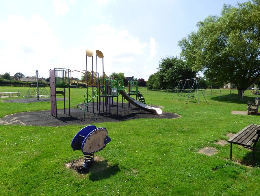 Fleece House | South Creake play area