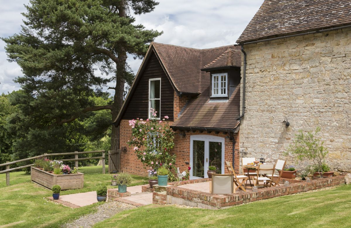 The Granary incorporates an original stone barn and offers peaceful seclusion in a very rural position at the end of a half mile private road