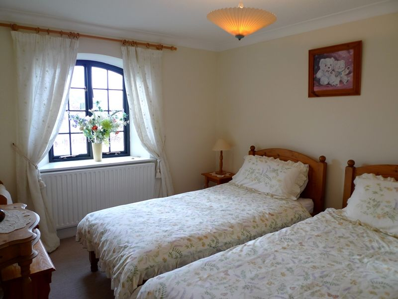 9 The Granary   Bedroom 2
