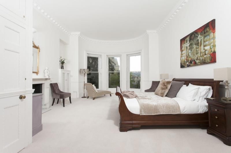 Peaceful and grand bedroom