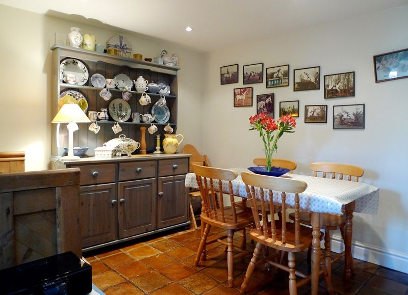 Bluebell Cottage | Dining Area