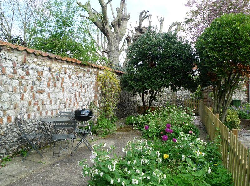 Old Sail Cottage | Garden