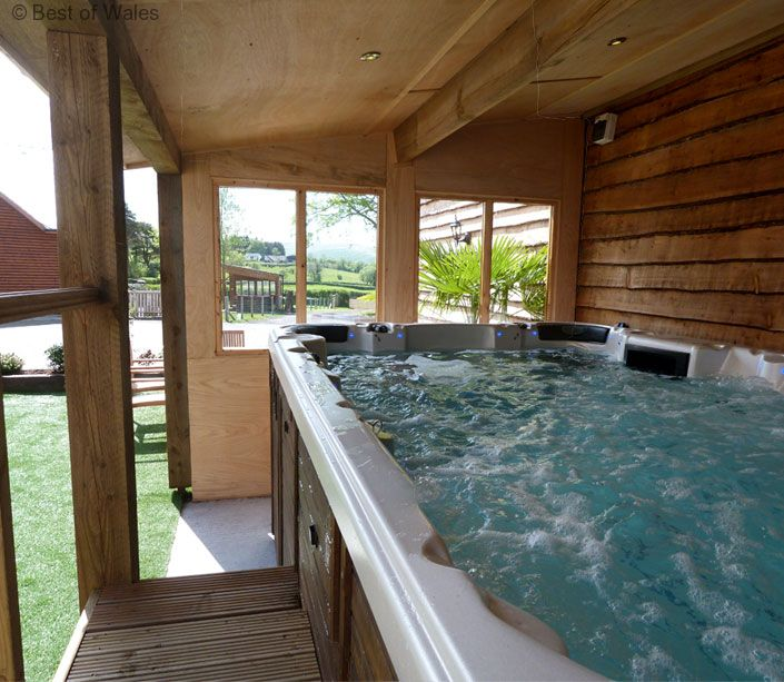 brecon beacons holiday luxury cottage with swim spa. Black Bedroom Furniture Sets. Home Design Ideas