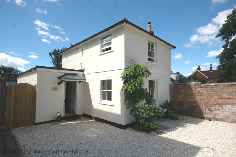 swallowfield cottage holiday cottage sleeps 4 keymer