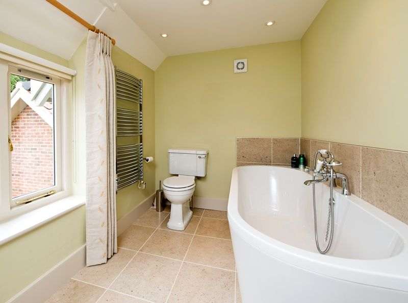 Lark House | En-suite