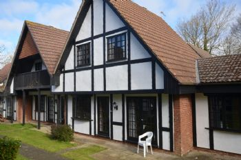 20 Tudor Court, Tolroy Manor