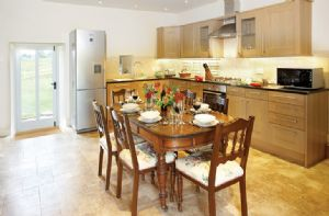 Ground floor: Open plan dining and kitchen area
