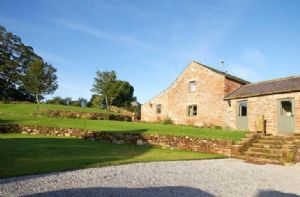 Jenny's Croft is a 4 Star Gold Award winning restoration of a Grade II listed traditional barn