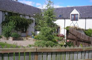 MacKenzie Cottage linked with Red Kite Cottage