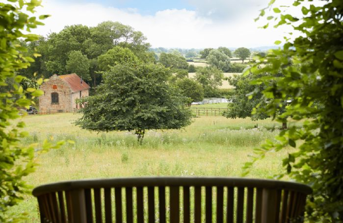 Pauntley Court is situated in a stunning position overlooking the glorious Gloucestershire countryside