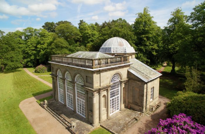 Set in 1,000 acres of Capability Brown parkland